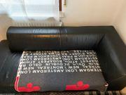 Schwarze Leder-Couch zu verkaufen
