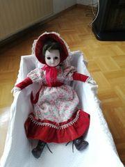 Nostalgie - Puppe mit Wiege