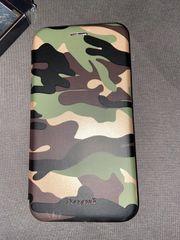 Army Handytasche