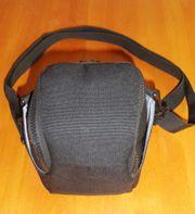TOP - tolle Kameratasche mit Regenschutz