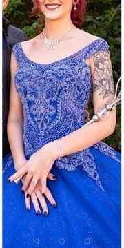 Hennakleid Hochzeitskleid