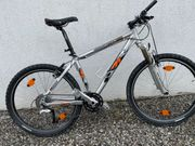 Verkauf Mountainbike - XT-Bestückung Magura-Bremsen
