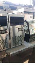 Eismaschine Würfeleismaschine Ice Maker 26