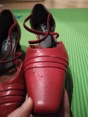 Schuh-Schätze rot - stark vermackt