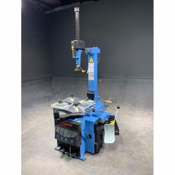 Krömer Germany ® Reifenmontiermaschine Rosenheim