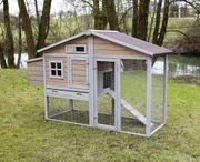 Mobiler voll ausgestatteter Hühnerstall aus