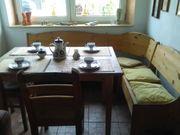 Kücheneckbank mit Tisch