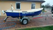 GFK-Ruderboot mit Elektromotor und Trailer -