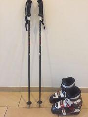 Kinder - Skischuhe und Stöcke