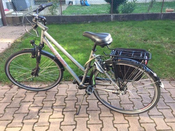 Damen Trekking Bike von Victoria