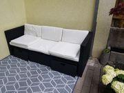 Neue Sofagarnitur aus Rattan