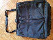 Kleiderkoffer mit 5 Bügeln NEU