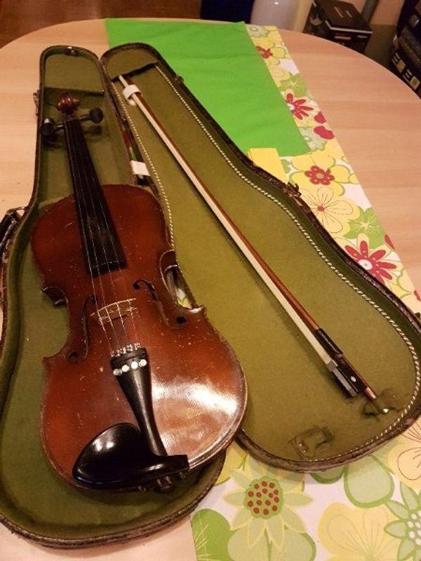 verkaufe alte Geige Baujahr ca