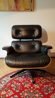 Original Eames Lounge Chair mit