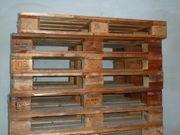 Europaletten mit Presspan- oder Holzklötzen