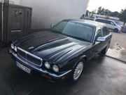 Jaguar Daimler Double Six X300