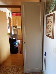 Wohnungsauflösung Besichtigung 17 04 Schrank