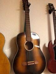Gitarre als Wanddeko