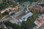 Gisela Steineckert im Schloss in