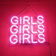 Suche Mädchen für privat Lapdance