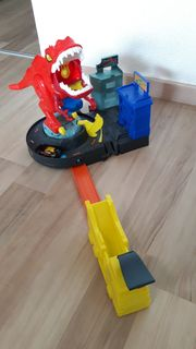 T-Rex Attacke Dinosaurier