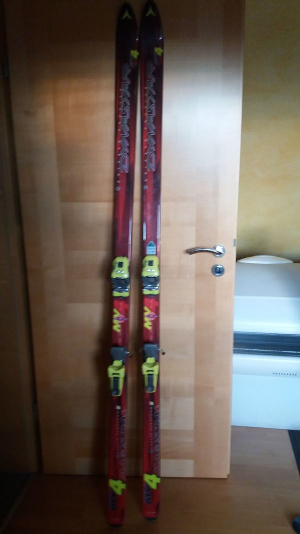 ALPIN SKI - Bruchköbel - Alpin Ski wenig gefahren ( Neuwertig ) Polyglas Kevlar MV4 Dynastar T : zu verkaufen : 195 lang , Mit Salomon Bindung .Preis . 70,00 . - Bruchköbel
