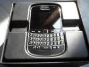 BB Bold 9900 -