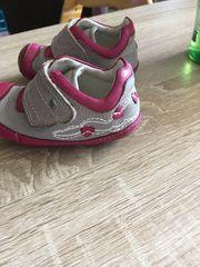 Verkaufe Baby Schuhe Größe 19