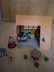 PLAYMOBIL Campinghaus mit viel Zubehör