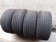 4x245 45R17 99V Hankook Winter