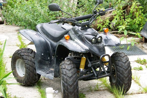 UNILLI MOTOR CO LTD RC