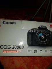 Kamera Canon Eos 2000D