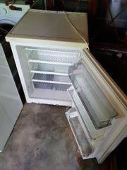 einfacher Kühlschrank