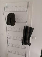 Platzsparendes Schuhregal