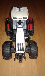 Bruder Bulldog Steyr CVT 170