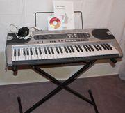 Casio LK 70S Keyboard