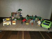 Playmobil Pferdekoppel mit Tierärztinnen