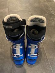 Atomic Ski 168cm mit Skischuhen