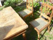 Tisch 2 Stühle