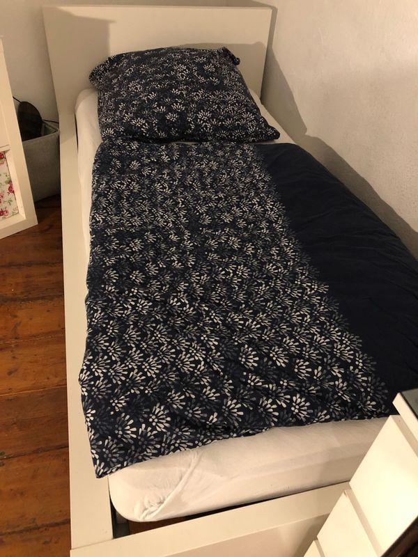 Ikea Malm Bett 90x200 Weiss Mit Lattenrost Und Matratze In Bad
