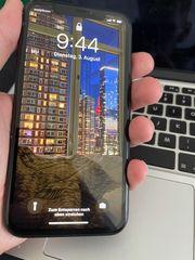 Apple iPhone XR - 64GB - Schwarz