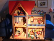 Wunderschönes Puppenhaus Selecta