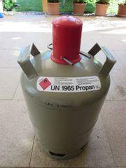 Graue Propangasflasche 11