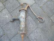 Alte Hand Wasserpumpe - Jahrhundert Wende -