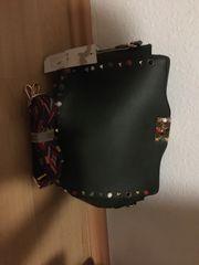 Neuwertige Damentasche
