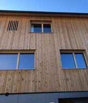 Fassade-Holzschirm