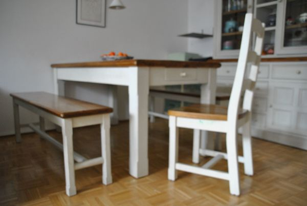 Sitzgelegenheit für 7 Personen Tisch