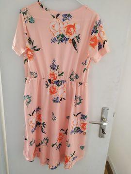 Sommerkleider in der Größe M: Kleinanzeigen aus Mörfelden-Walldorf - Rubrik Damenbekleidung