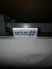 Nagelneue Markise von Sattler