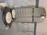 Waschbecken mit Spiegel für Gäste-WC